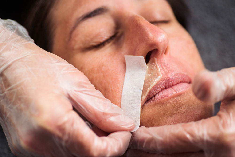 ladies face wax